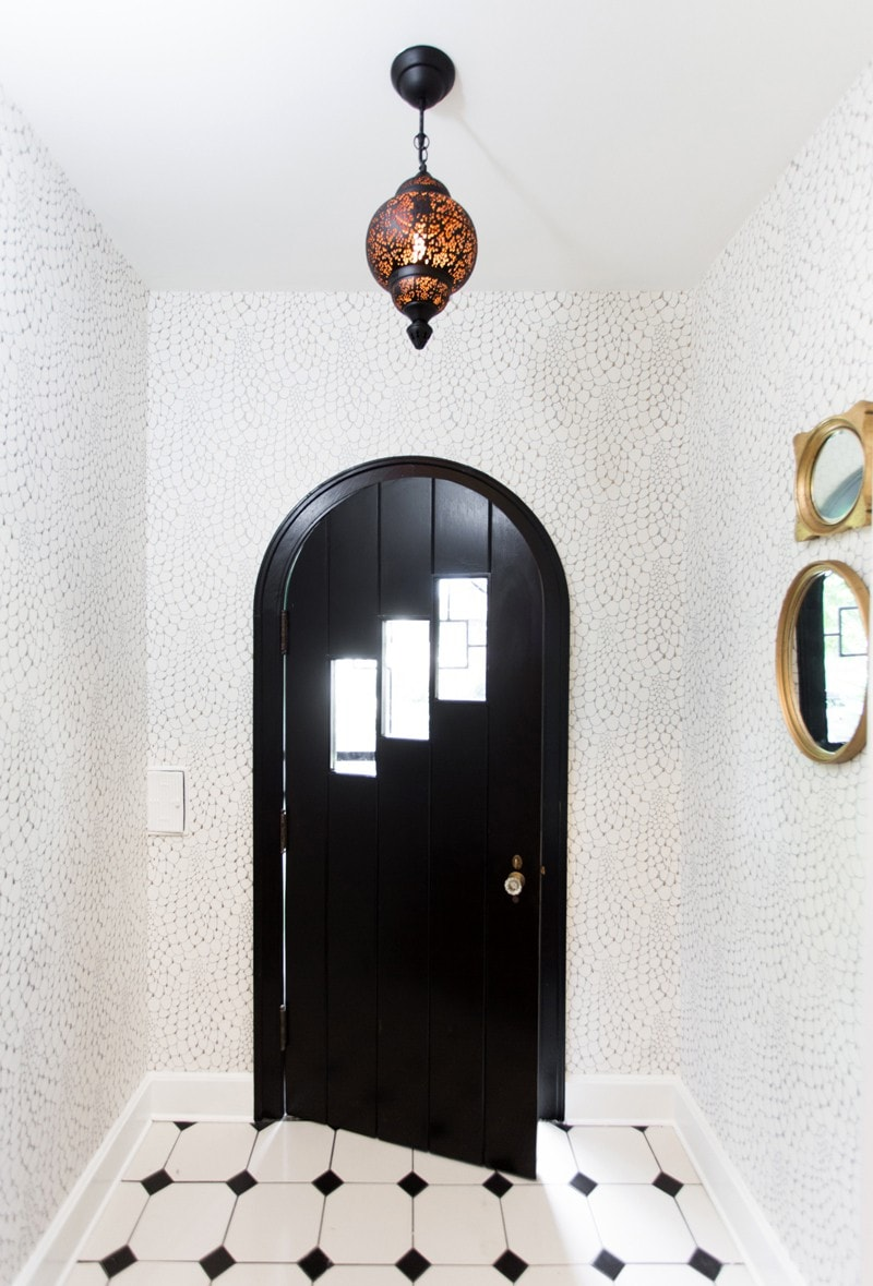 entry-with-black-door-wallpaper