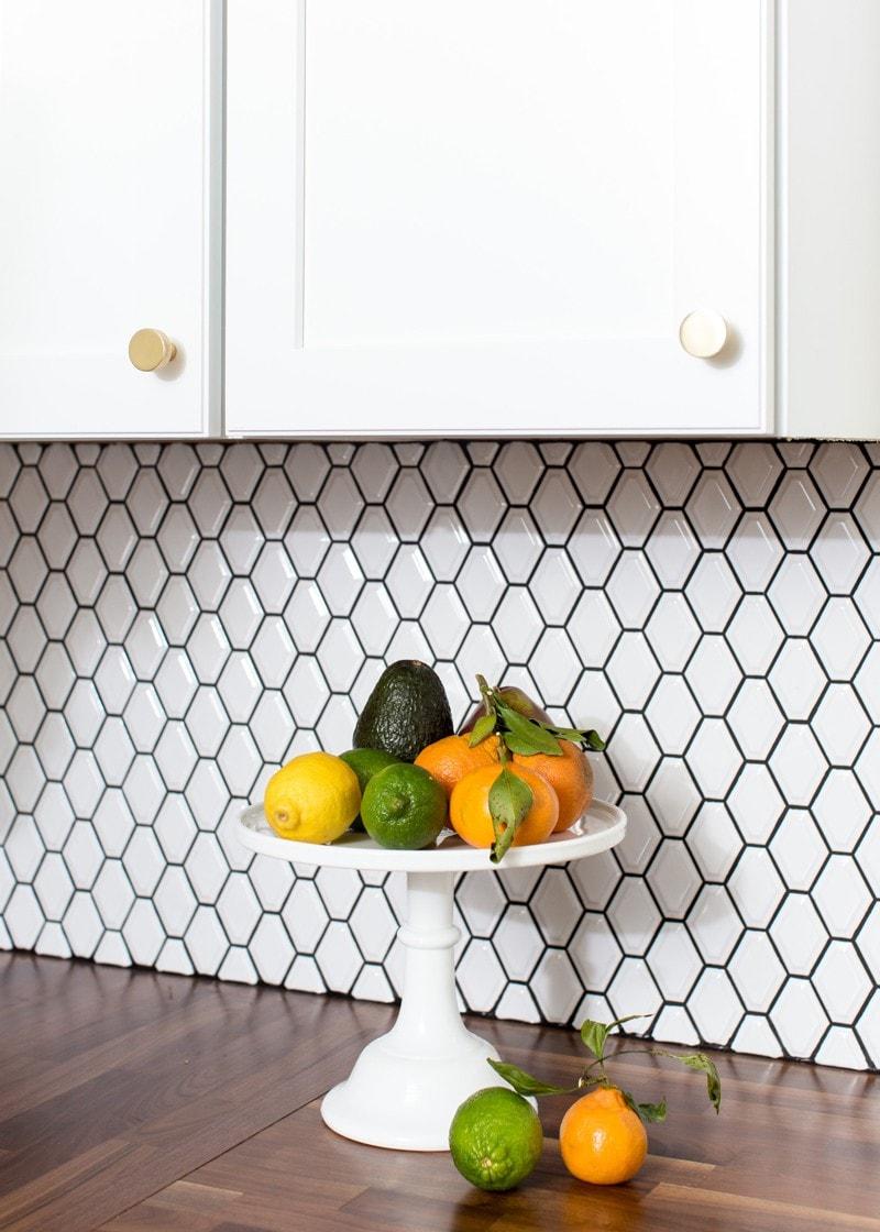 centered_by_design_kitchen_tile_white_black_grout
