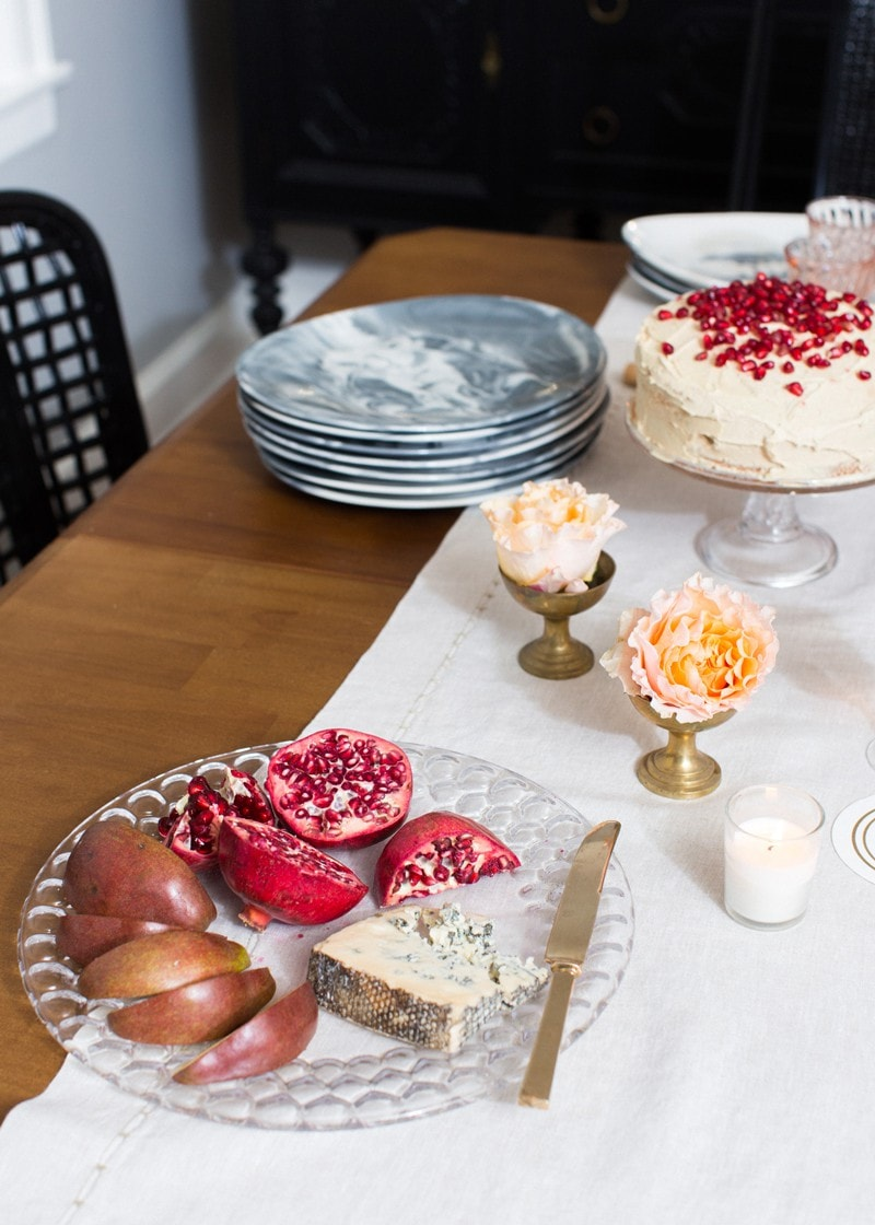 Valentine 39 s day dinner party ideas you can accomplish in for Valentine day dinner party ideas