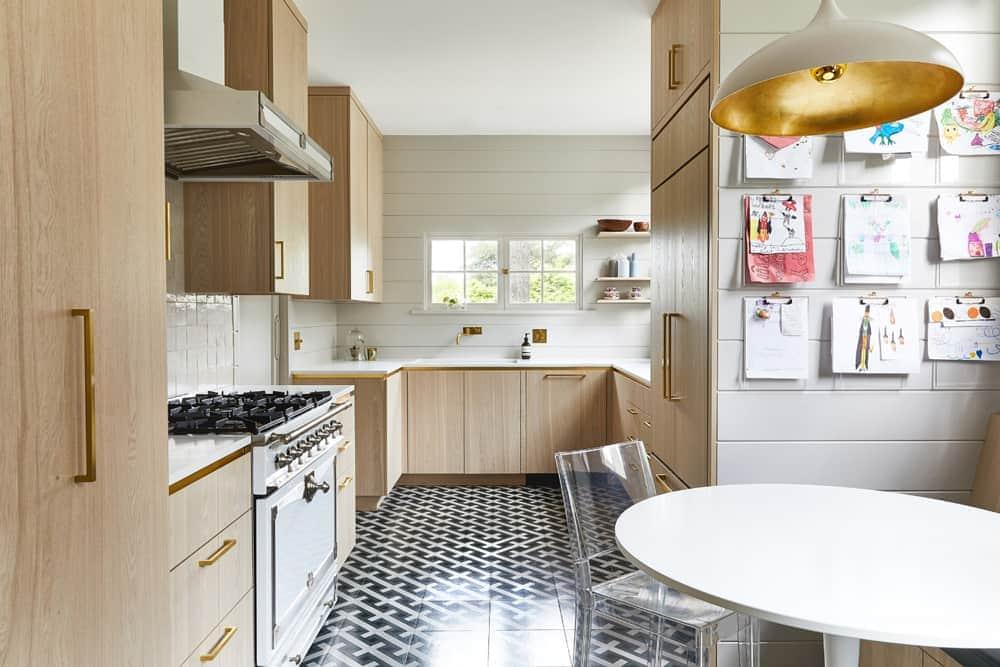 redmond_aldrich_kitchen_wood_cabs
