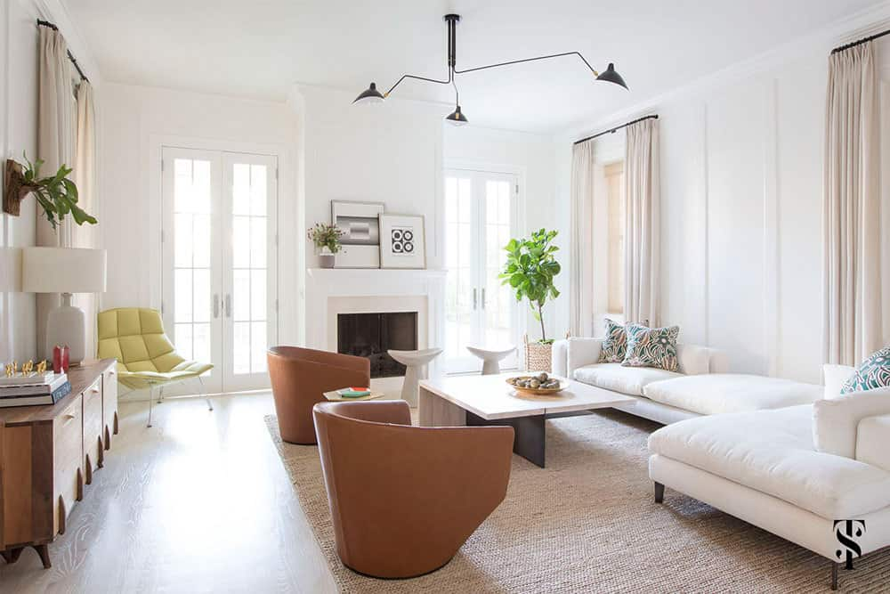 CBD--Summer_Thornton_Lincoln_Park_Modern_Family_Room_2
