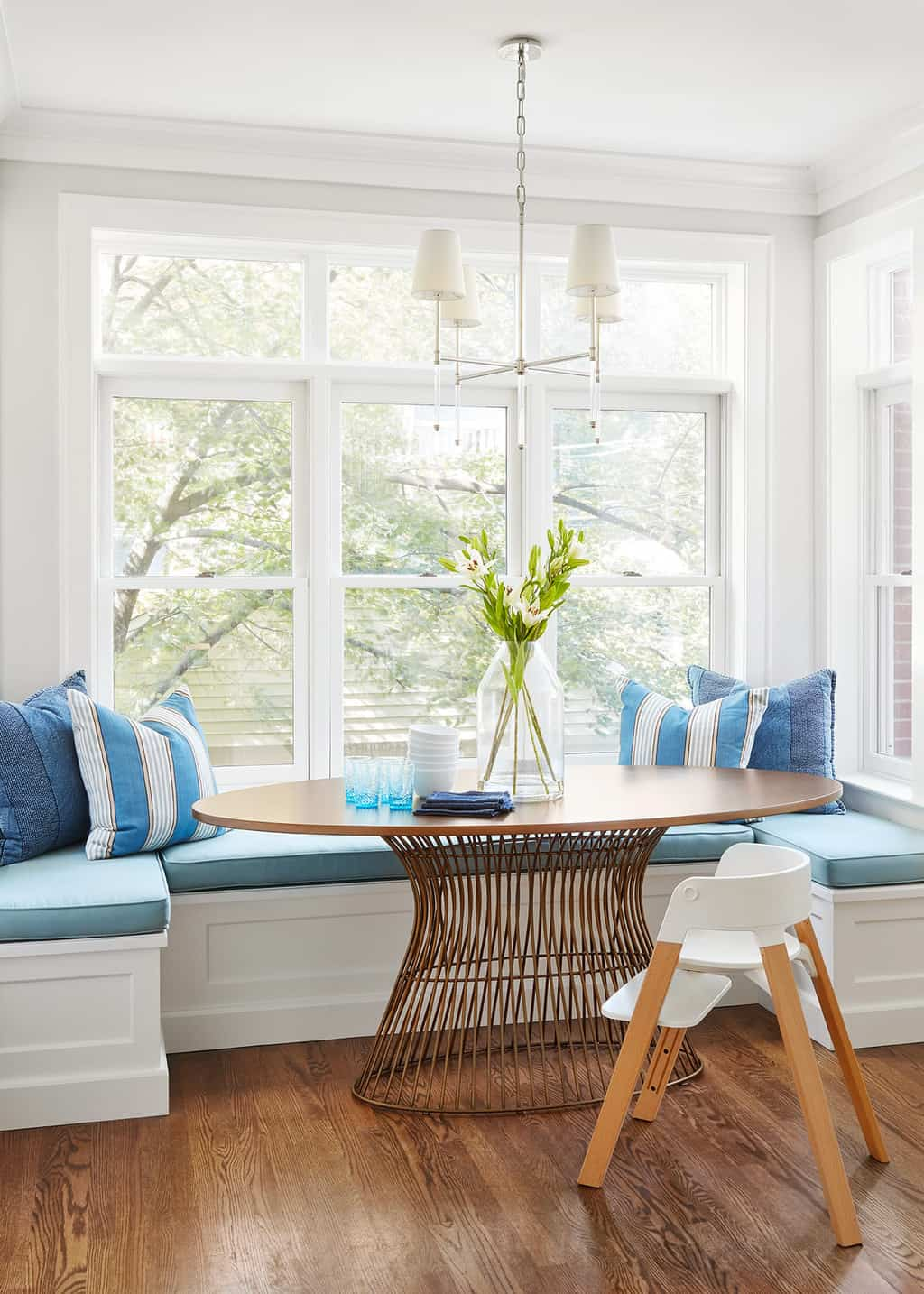 white wood breakfast banquette