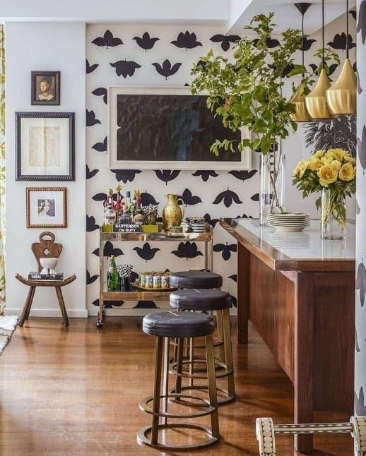 black+white+wallpaper+kitchen